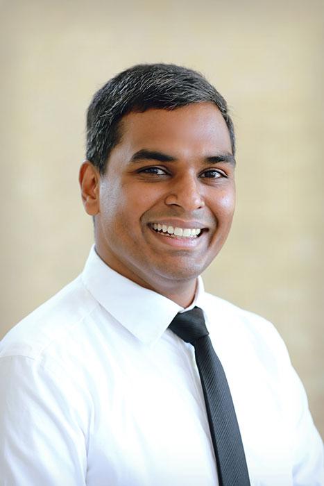 Dr. Nitish Manna